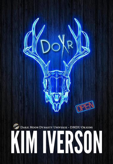 DoXr - Dark Moon Dynasty Universe - cover